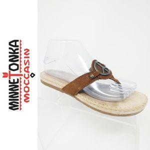 Minnetonka Flip Flop Sandals Peace Symbol Brown 7